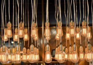 Как заработать на освещении дважды